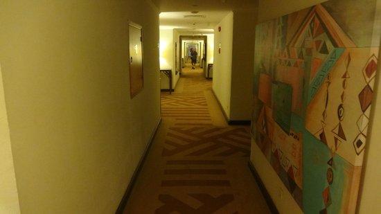 Movenpick Resort Aswan: Hallway