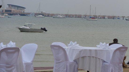 Ao Chalong Villa & Spa: vue sur le port
