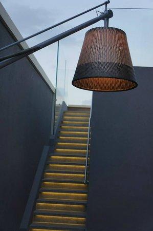 Hotel Indigo Tel Aviv - Diamond District : Stairs to the roof.