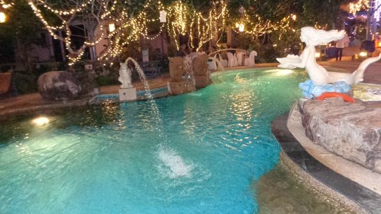 Ao Chalong Villa & Spa : Piscine