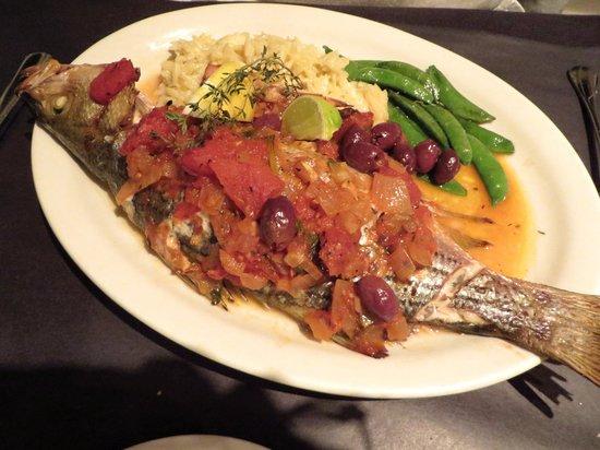 O'Leary's Seafood Restaurant: Whole rockfish Provencale - entree