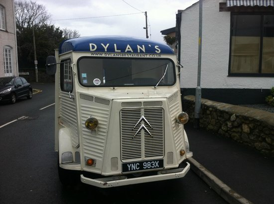 Dylan's: Dylan`s retro van outside