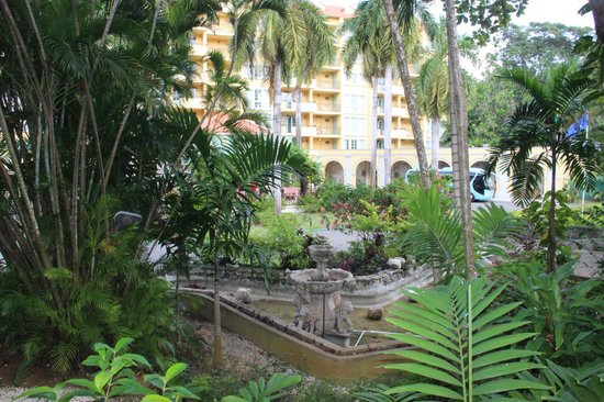 Jewel Dunn's River Beach Resort & Spa, Ocho Rios,Curio Collection by Hilton: Hotel front