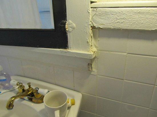 Richmond Place Inn: Bathroom