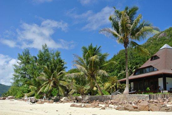 New Emerald Cove : les villas vues de la plage
