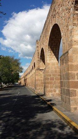 The Aqueduct: por donde el agua pasaba..