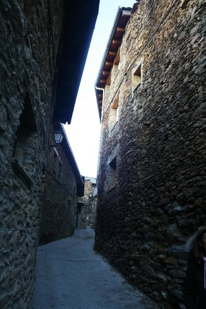 Hotel Restaurante Cal Teixido : Деревня Estamariu(Lleida)