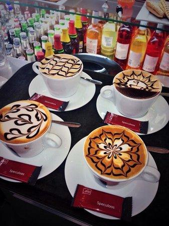 Aroma Coffee: Cappuccino