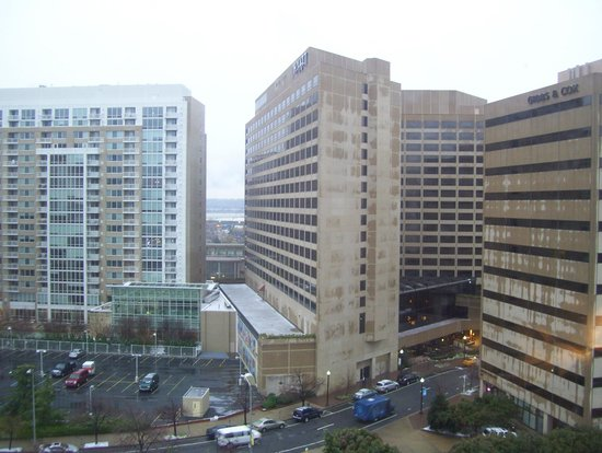 Holiday Inn National Airport / Crystal City: view