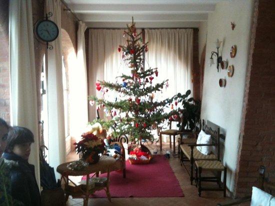 Borgo Piaggiarella: Albero di Natale