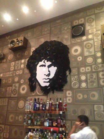 Hard Rock Hotel Riviera Maya : Jim Morrison is alive in Sun Bar