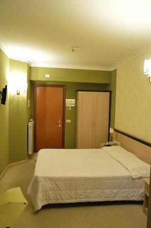 Hotel Galileo : Stanza 204