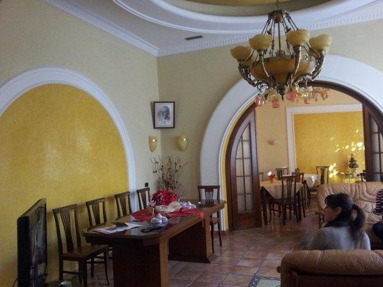 Nais Hotel: la sala per gli ospiti