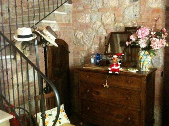 Borgo Piaggiarella: Vano scala