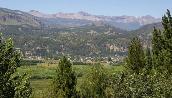Casona DelAlto: View across the valley