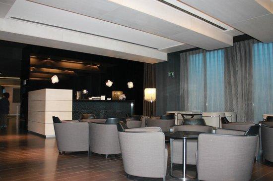 AC Hotel Sants: La hall