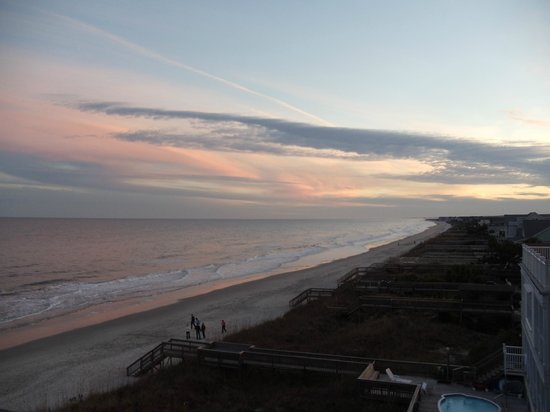Oceanfront Litchfield Inn : sundown from The Tower