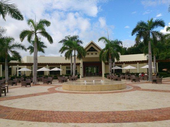 Secrets Royal Beach Punta Cana: The plaza. Entertainment team played here each night