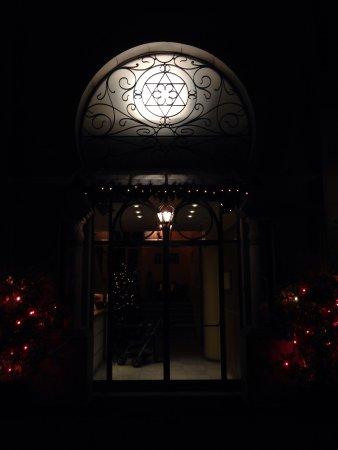 Excelsior Palace Hotel : entrada al hotel