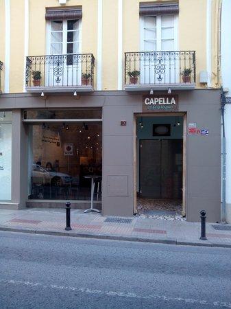 Capella Café y Tapas