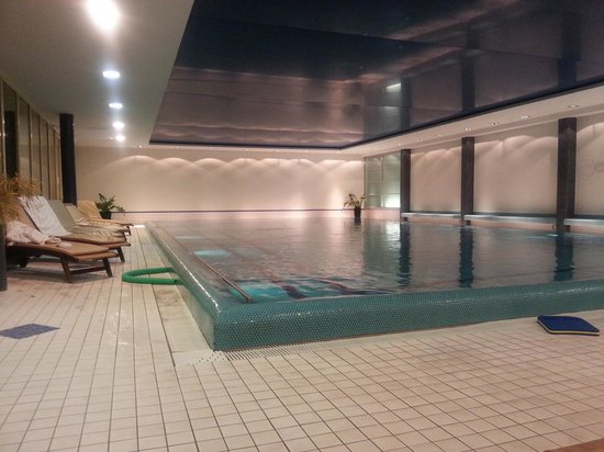 CONPARC Hotel & Conference Centre Bad Nauheim: Schwimmbad
