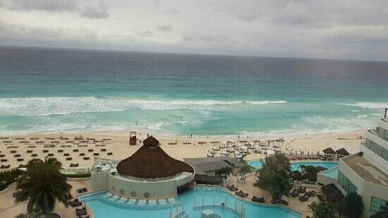 Vista al mar ME Cancun