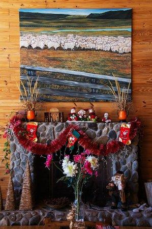 Blanca Patagonia: Christmas Decorations around the Fire