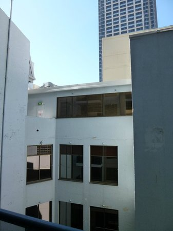 Meriton Serviced Apartments Pitt Street: view from 2105