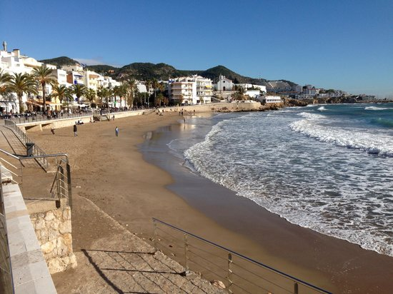 Playa de Sitges: One of the small beaches but not the main one