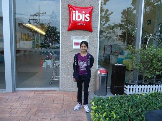 Ibis Pattaya : Entrance of Hotel