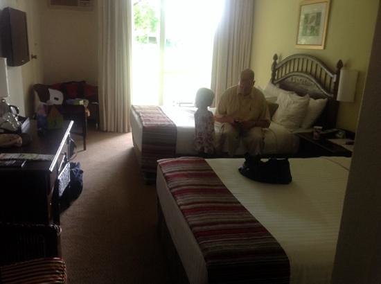 Sabi River Sun Resort : hotel room 234 - family room