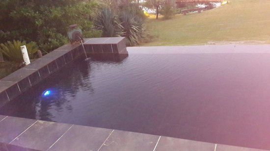 Chelaya Country Lodge: Beautiful pool