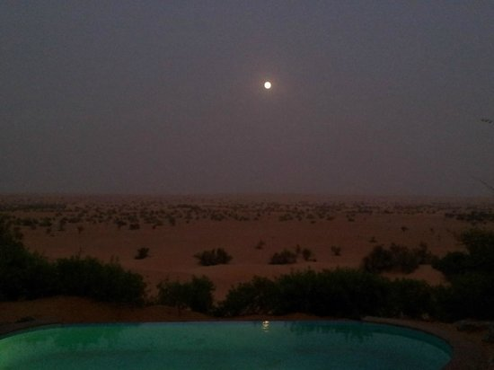 Al Maha, A Luxury Collection Desert Resort & Spa: Vue de nuit de notre suite