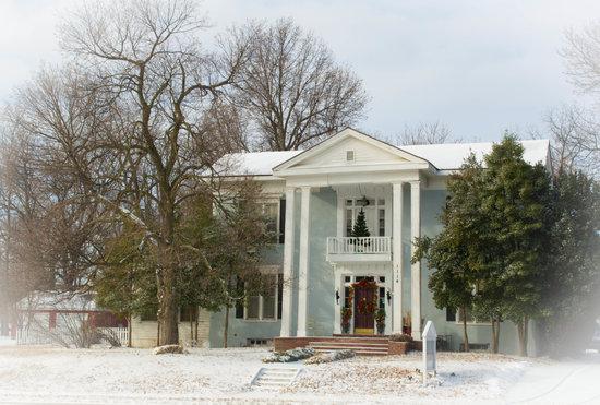 Silver Heart Inn: Snow Days