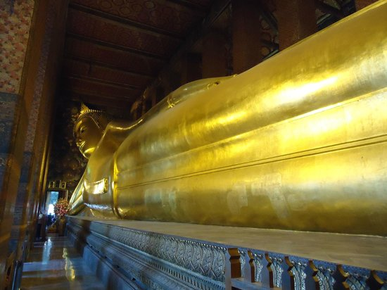 Ramada D MA Bangkok: Reclining Buddha ( WAT PHO) @ Bangkok