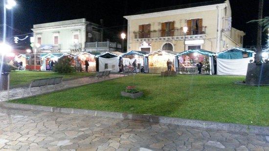 Hotel Alle Pendici Dell'Etna: Nicolosi e il Natale.