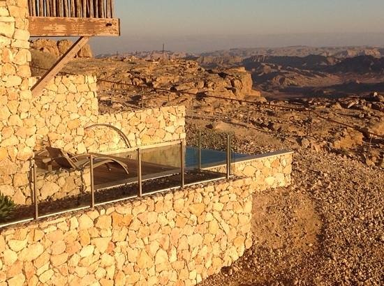 Beresheet Hotel by Isrotel Exclusive Collection: rooms are built onto the edge of the canyon