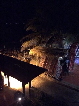 Hai Au Mui Ne Beach Resort & Spa : Beach at night