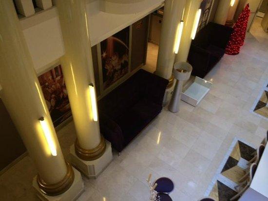 Tryp Madrid Cibeles Hotel: Halle