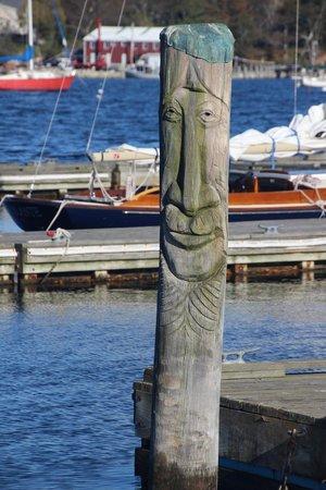 Three Tides Waterfront Bar: Belfast Boat pier