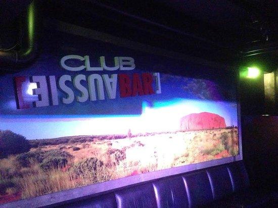 Club Aussie Bar - Helsinki : Uluru mural in Nightclub