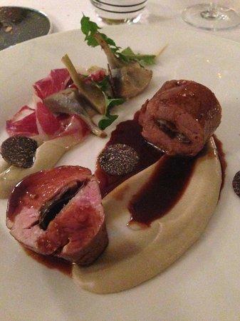 Restaurant Le Saint-James Relais & Chateaux : Sublime veau de lait de Bazas, truffe