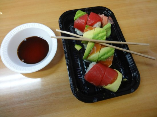 Food On Foot Tours: rainbow-sushi