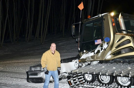 Zach's Cabin : The big snowcat that pulls the sled up and down the mountain