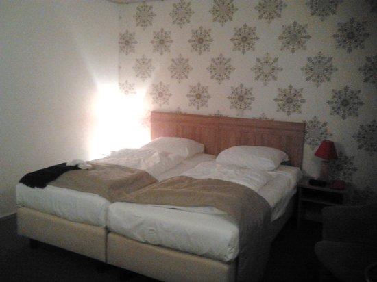 Rho Hotel: chambre