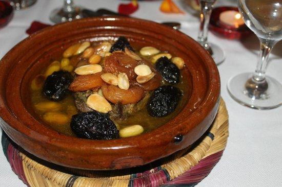 Dar Andamaure: Tajine Dinner