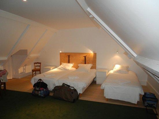 Chateau De Marigna: Chambre familiale