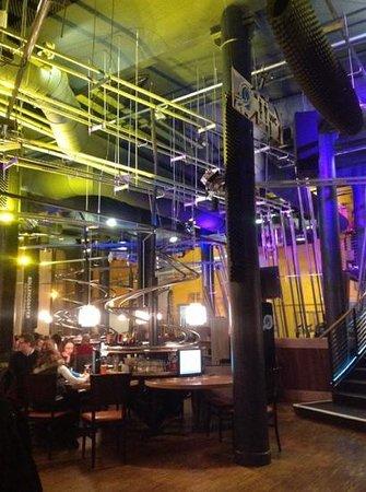 Rollercoaster Restaurant Hamburg: cooles Design