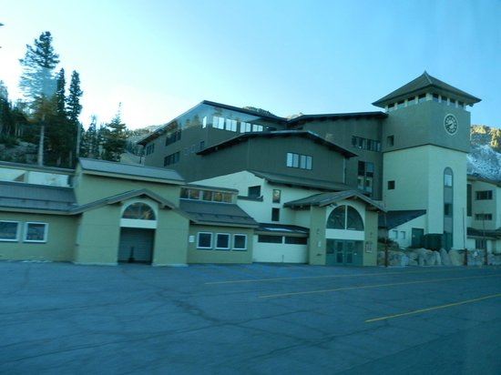 Mammoth Mountain Inn : esterno hotel