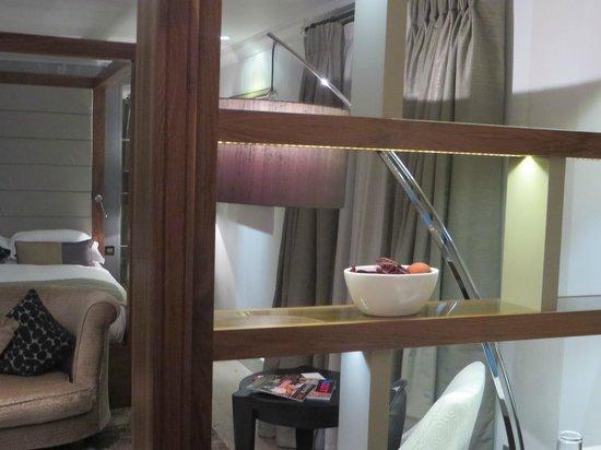 Grosvenor Pulford Hotel & Spa: room divider